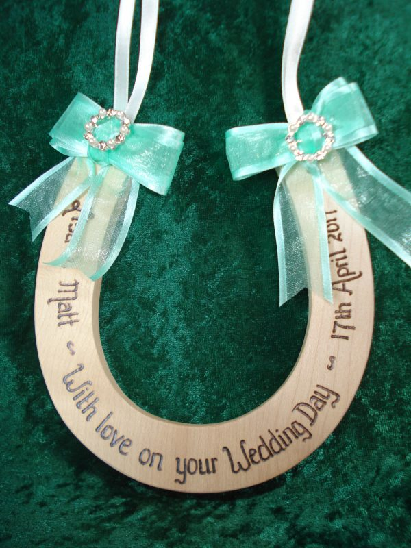 Pearl and Diamante Horseshoe