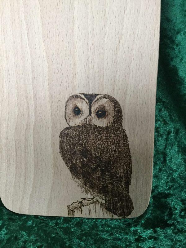 Beech chopping board - owl