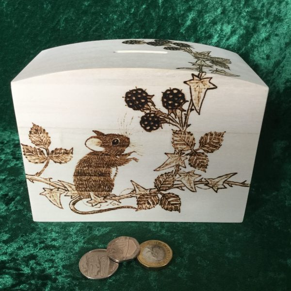 Mouse and berries money box showing all sides